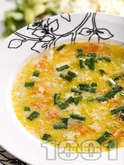 Вкусна постна зеленчукова супа от тиквички, моркови, джинджифил и лук - снимка на рецептата